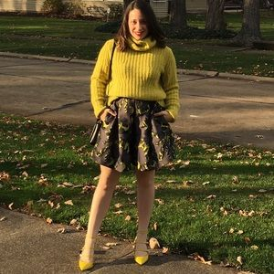 Banana Republic full pleated mini skirt